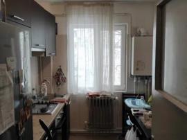 Apartament 2 camere, Tatarasi, etaj 3/4, renovat