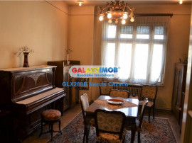 Dacia Toamnei apartament 5 camere etaj 1 acces stradal, gar