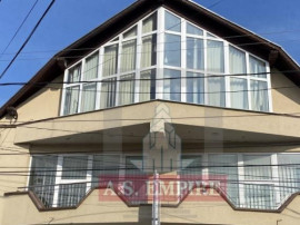 Casa / Vila 6 camere, teren 1000mp - Sacele ( Comision 0%)