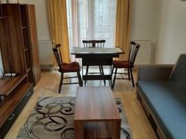 Apartament 2 camere, decomandat - zona Bartolomeu