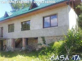 Casa D+P+M, situata în Runcu-Dobrita