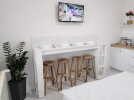Cazare-Lux-Regim Hotelier-Ap 2 Dormitoare+Terasa-Oradea