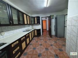 Apartament 3 camere decomandat etajul 3 Noua, 109HK