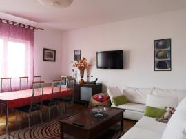 Apartament 2 camere in casa, zona centrala