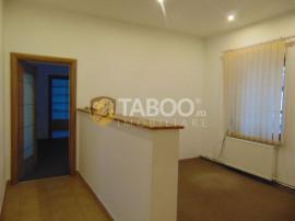 Spatiu birouri 5 camere 60 mp utili zona Victoriei Sibiu