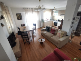 Apartament 5 camere,120mp, 3 balcoane, zona Big, priveliște