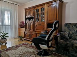 Apartament 3 camere,zona Calea Bucuresti