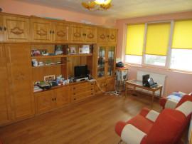 Cornisa - Apartament 2 camere decomandate cu imbunatatiri