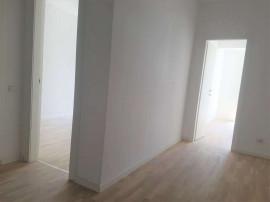 Apartament Finalizat-Bucatarie inchisa- Parchet Din Lemn ...