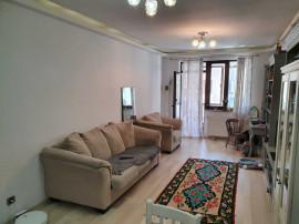 Apartament 3 camere in zona mall Coresi