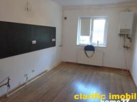 Apartament 3 camere decomandat, parter inalt zona C.R.Vivu