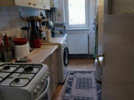 Zona Cal.Bucuresti apartament 2 camere etajul 2 din 4