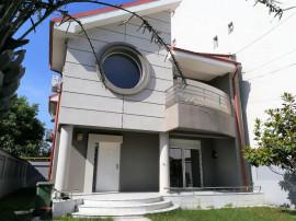 Vila P+1, zona Militari/Moinesti, garaj, terasa, comision 0%