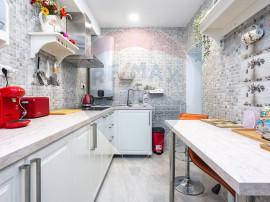 Apartament cochet 2 camere bloc tip vila zona Primaverii