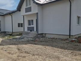 Casa individuala/ compartimentata modern