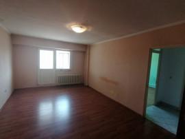 Apartament 2 camere Fratii Golesti (aproape de Scoala 8 Pite