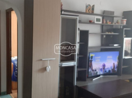 Apartament 2 camere zona Sucevei, etaj intermediar, cu lift