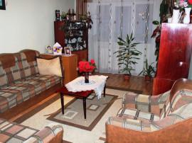 Apartament 3 camere decomandat Aleea Harniciei