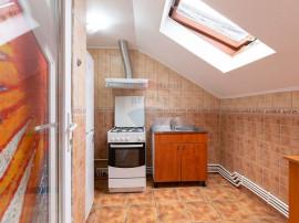 Vanzare -Apartament cu 2 camere- zona Aviatorilor