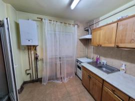 Apartament 2 camere decomandat, situat in Cartier Marasti
