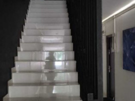 Decebal bloc nou etaj 1 garsoniera