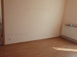 Apartament 2 camere etaj intermediar Vlahuta 10APR
