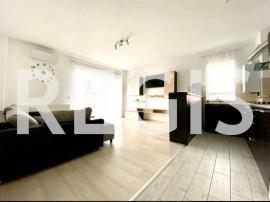 Apartament 3 camere, Maurer