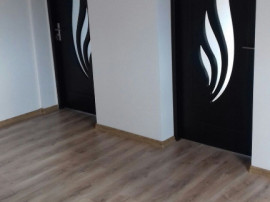 Apartament 3 camere ,renovat total ,Harman,Brasov