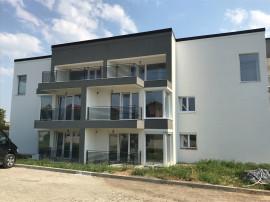 Apartament 2 camere cu 2 locuri parcare și boxă Nicolina