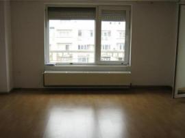 Apartament .3 camere ,proaspat zugravit! Octavian Goga