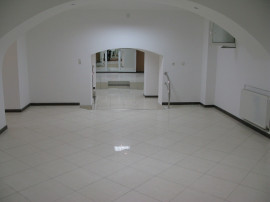 Spatiu comercial 206 mp. zona Ultracentrala - 15446
