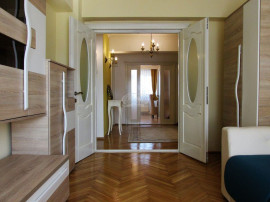 Apartament de inchiriat ULTRAFINISAT in Piata Cipariu!!!
