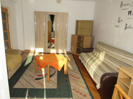 Apartament cu 1 camera în Zorilor, zona strazii Observat...