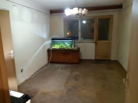 Apartament 2 camere in deva jud gojdu