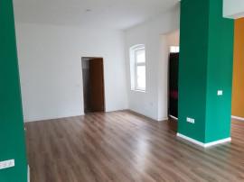 Casa -spatiu birouri/cabinet, 40 mp, curte 20mp Ultracentral