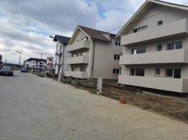 Apartament 2 camere decomandat geam la baie strada asfaltata