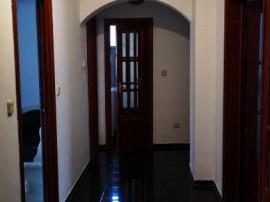 Apartament 4 camere,100 mp,ultracentral,2 bai,2 balcoane