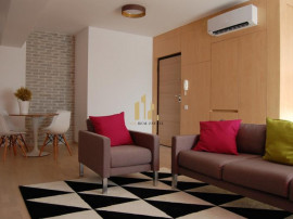 Apartament 3 camere zona Baneasa Petrom City