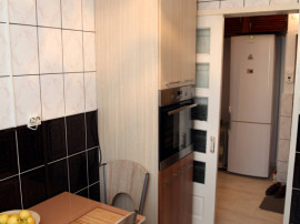 Apartament 2 camere/ g enescu/ boxa/ loc parcare/ proprietar