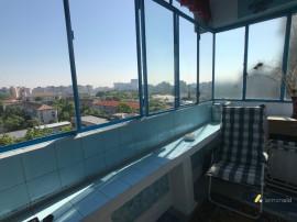 Apartament 3 camere, zona Gheorghe Lazăr