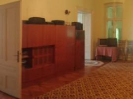 Apartament 5 camere in Centrul Istoric cu teren de 715 mp
