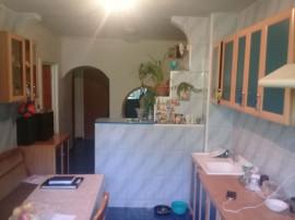 Apartament 3 camere zona Vitan