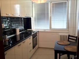 Apartament Impecabil - 1 Mai - Decomandat
