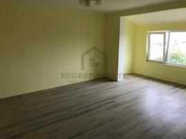 Apartament 2 camere, mansarda, zona Steaua