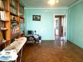 Apartament 3 camere Alexandru cel Bun,