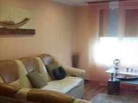 Apartament 3 camere decomandat renovat Craiter, 1024R
