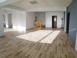 Spatiu comercial de inchiriat 194 mp utili in Sibiu zona Str