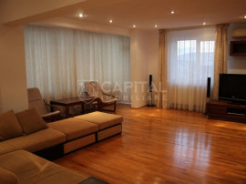 Apartament cu 4 camere decomandat in cartierul Zorilor cu 3