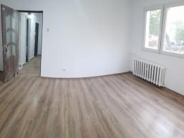 Apartament 2 camere, renovat, 9 Mai, liber