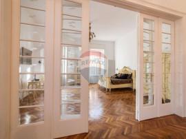 Apartament elegant de epoca spre vânzare, Ultracentral